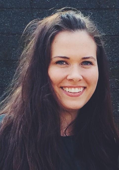 Emily Smith Headshot